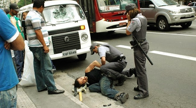kassab expulsa artista de rua são paulo