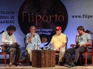 Escritor Fernando Morais dá uma merecida surra em Leandro Narloch Cuba Fliporto