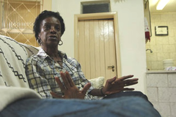 professora racista para aposentada humilhação negro racismo injúria racial
