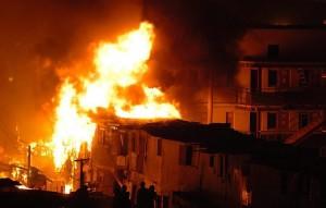 Secretária esnoba pobres favela incêndio pinheirinho desapropriação sp Morar em São Paulo é pra quem pode