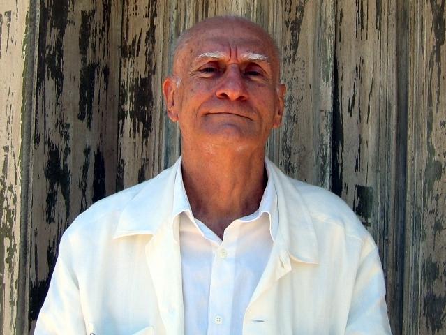 Prêmio Nobel de Literatura Ariano Suassuna é indicado