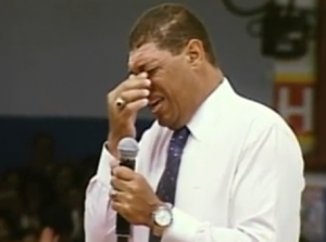 valdemiro santiago chora dinheiro