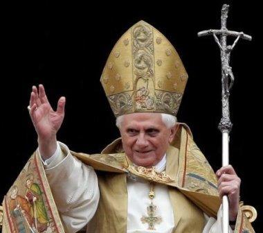 papa bento 16 poder
