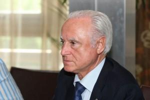 político machista bragano espanha