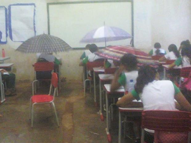 escola sem teto chuva maranhão