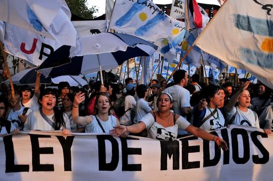 ley medios argentina mídia brasil