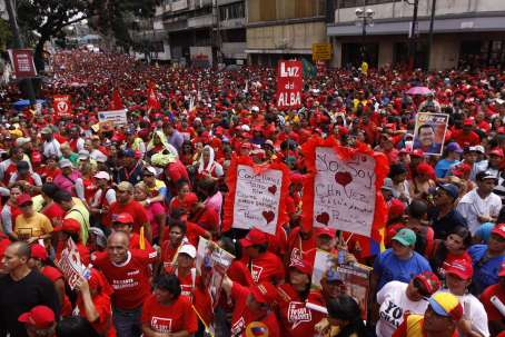 caracas venezuela apoio população chávez