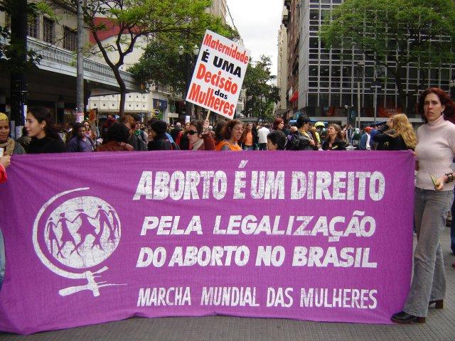 direito aborto legal brasil