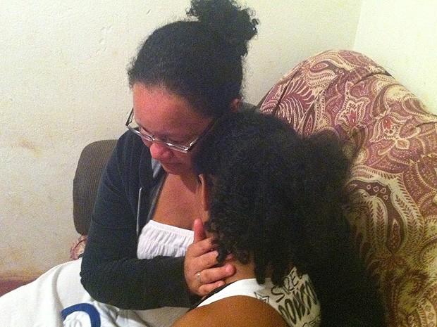 racismo menina negra espancada