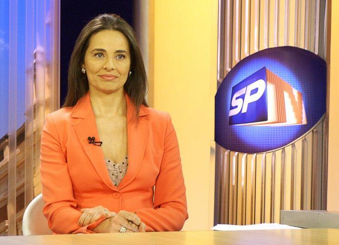 carla vilhena apresentadora da Globo sai do ar chorando
