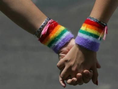 estupro coletivo mulher lésbica