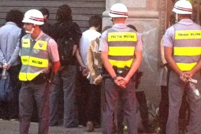 PM prende jornalista cartacapital vinagre protesto