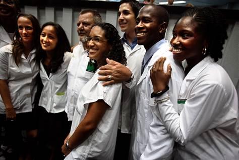 estudantes medicina cuba médicos estrangeiros