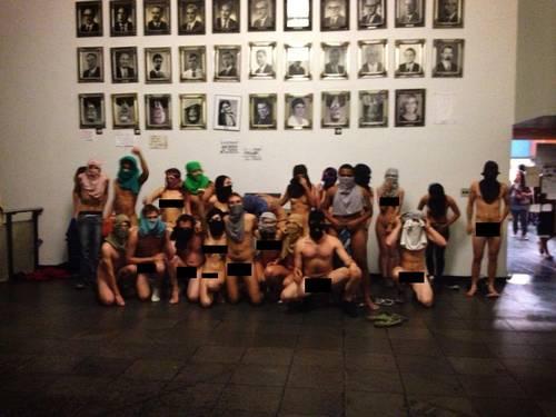 manifestantes nus porto alegre