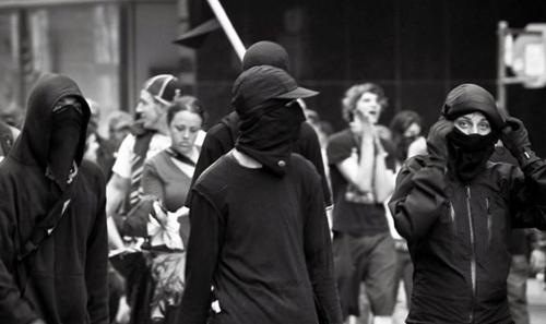 pstu Black Blocs