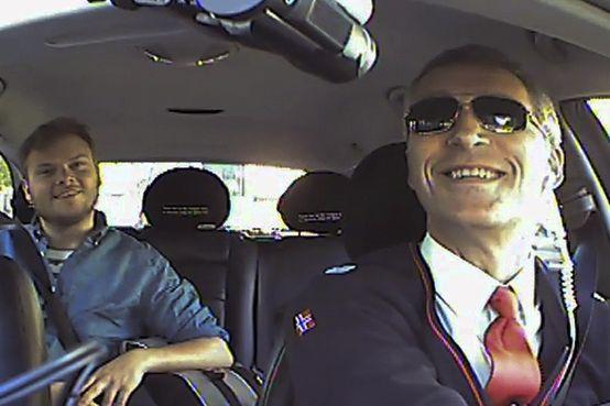 primeiro ministro noruega vídeo táxi