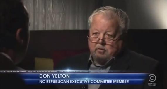 don yelton racismo