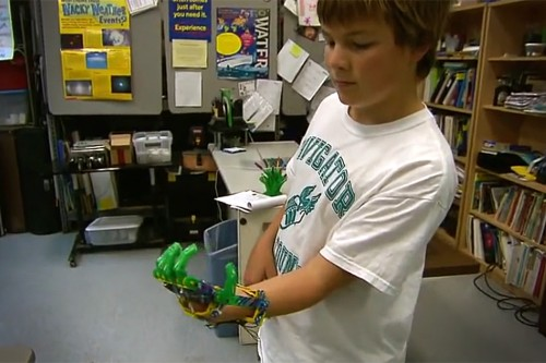 mão artificial impressora 3d
