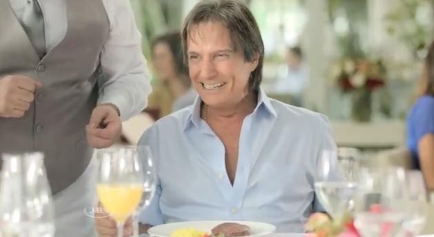 Friboi bloqueia comentários comercial de Roberto Carlos vídeo