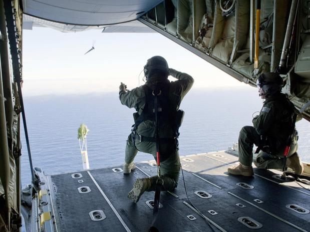 avião malásia desaparecido oceano índico