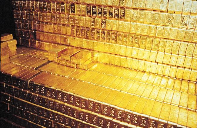 Estados Unidos levam o ouro da Ucrânia mas não devolvem o da Alemanha
