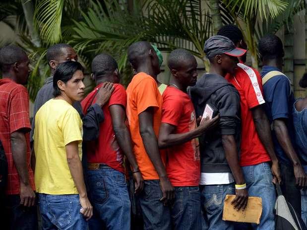 haitianos são paulo trabalho