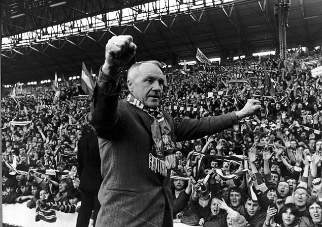 O treinador do Liverpool Bill Shankly