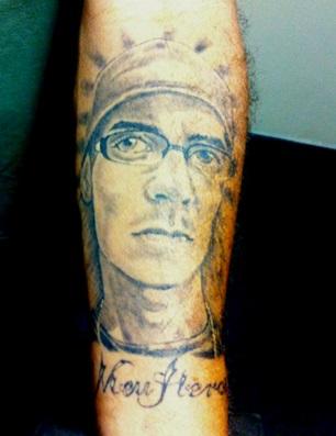 tatuagem homenagem filho assassinado pm