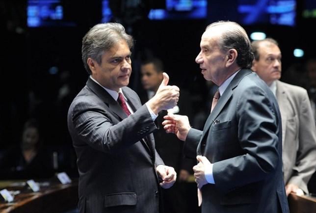cássio aloysio cubanos mais médicos