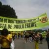 paulo-freire-faixa-protesto