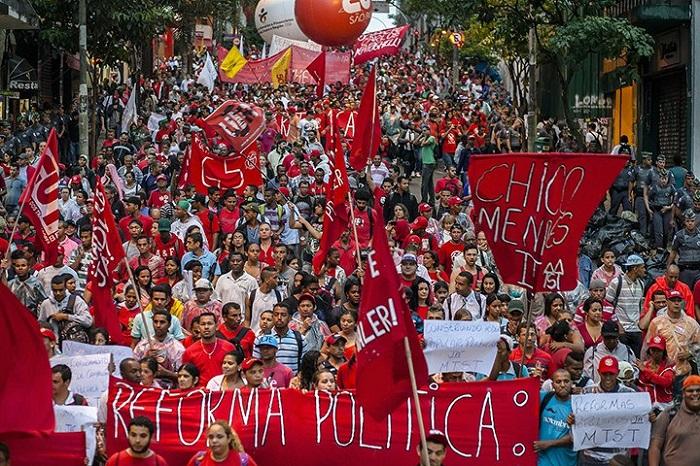 protestos 13 de março brasi