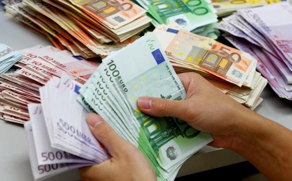 finlândia dinheiro emprego renda salário