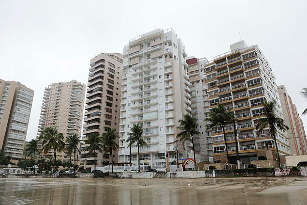 Globo e o apartamento triplex Lula no Guarujá