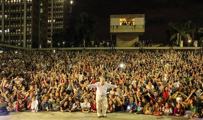 Mujica uerj estudantes brasil