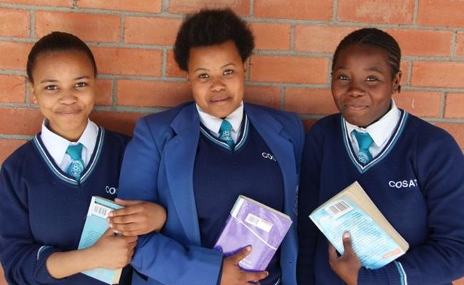 áfrica bolsa estudo meninas virgens prefeita