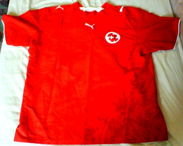 camisa suíça vermelha escola menino