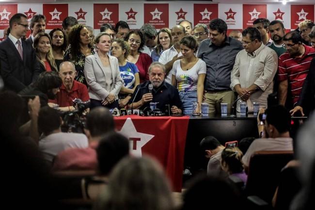 Lula entrevista coletiva Moro Lava Jato