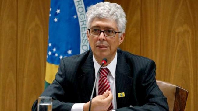 diplomata milton exonerado temer relações exteriores