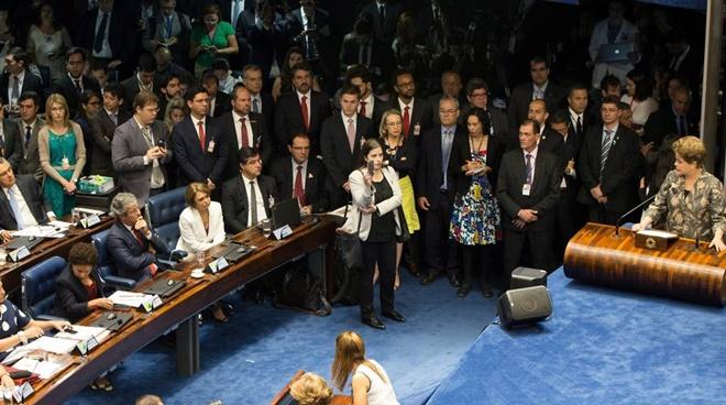 dilma impeachment golpe palhaço congresso corrupção
