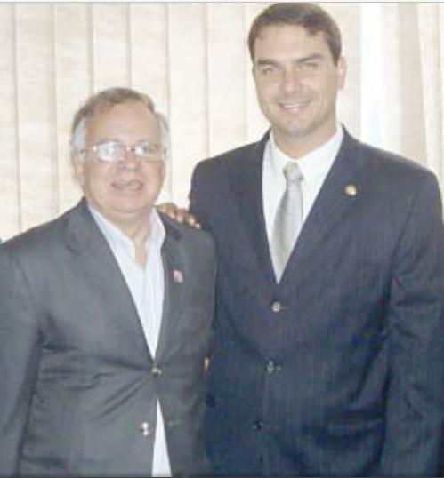 Pedro Chavarry Flávio Bolsonaro coronel