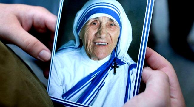 canonização de Madre Teresa de Calcutá papa francisco contestada
