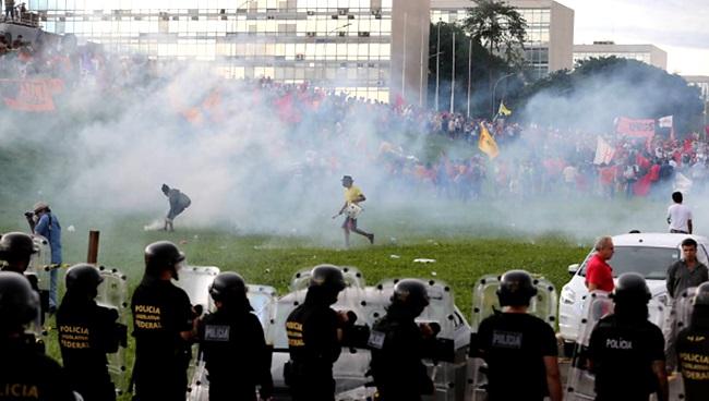 brasil inércia radicalismo violência direitos governo pec