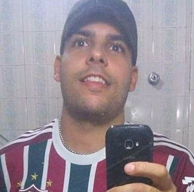 torcedor do fluminense bruno vargas