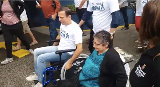 joão doria cadeira de rodas