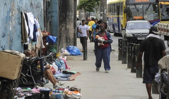joão doria tirar cobertores moradores de rua