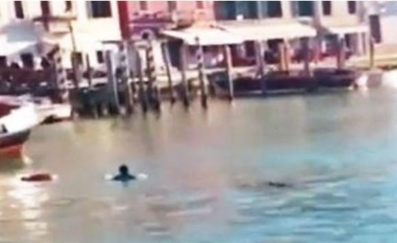 refugiado afogado veneza afogamento Itália