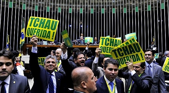 democracia brasil corroída golpe impeachment congresso michel temer