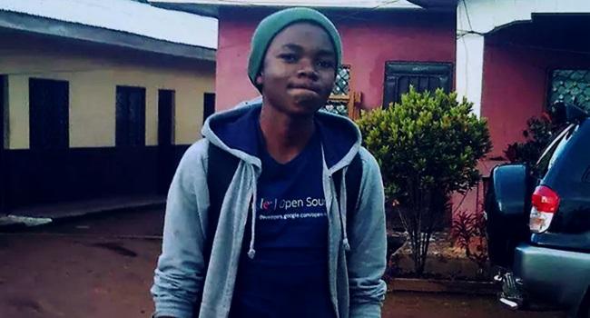 jovem sem internet vence competição google programação camarões