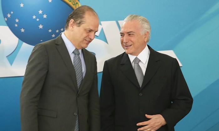 Ricardo Barros terreno ministro da saúde