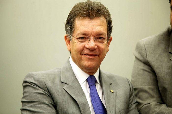 Laércio Oliveira mulher Terceirização